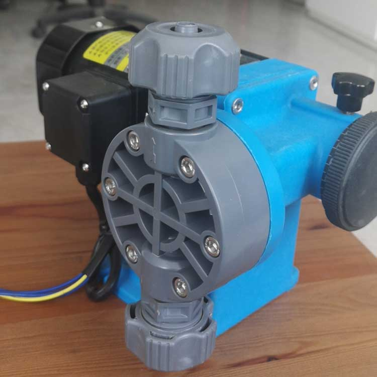 迈腾慧采 撕得浦泵业   计量泵  SDP-L55/1.0 污水处理用